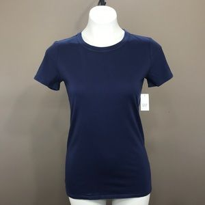 NWT GAP T Shirt Size Extra Small